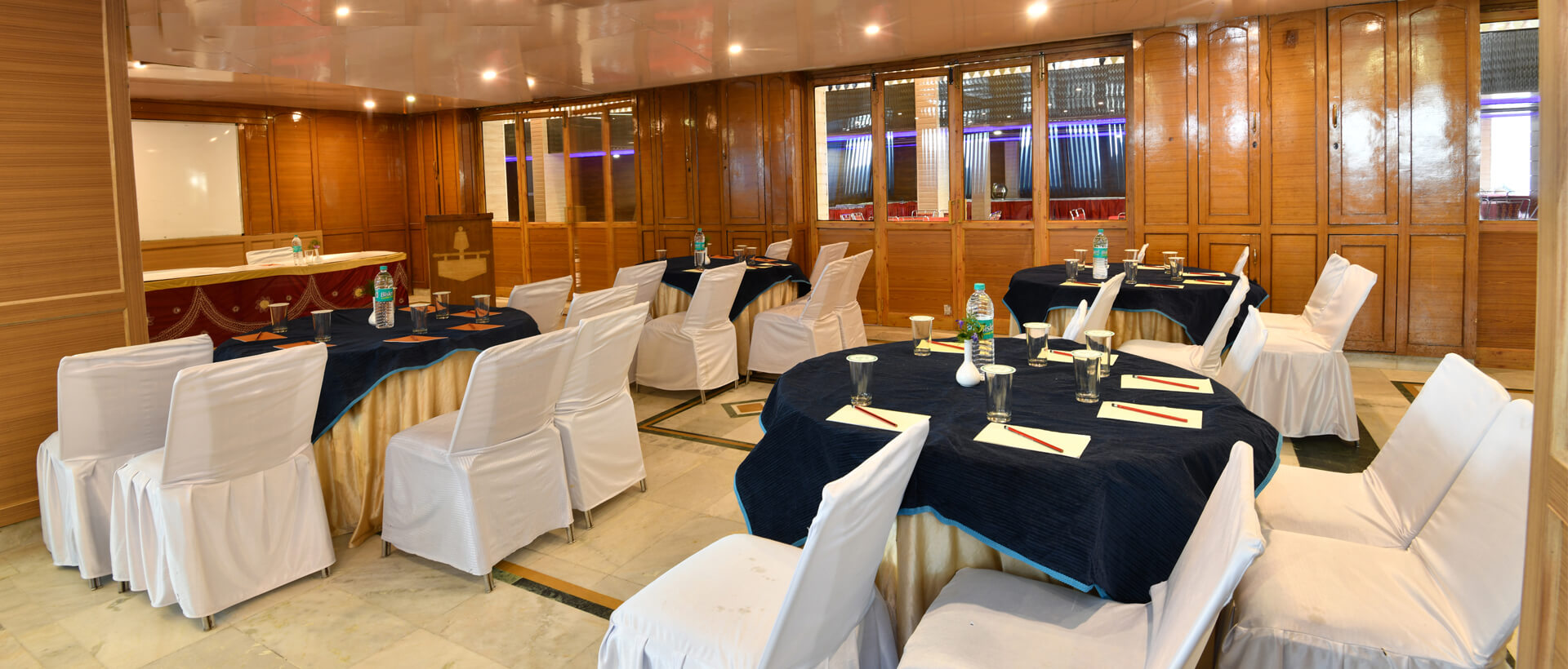 Dynasty Resort Business Meeting room